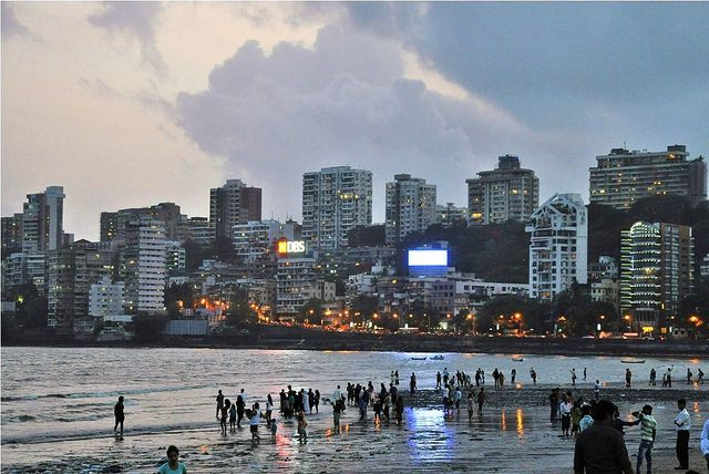 Traveling in Mumbai? – Here are things you should be careful of