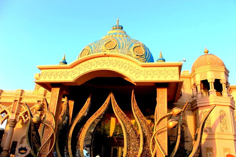 The entrance of Boulevard inside the Kingdom of Dreams. Photo: Amit M Sengupta