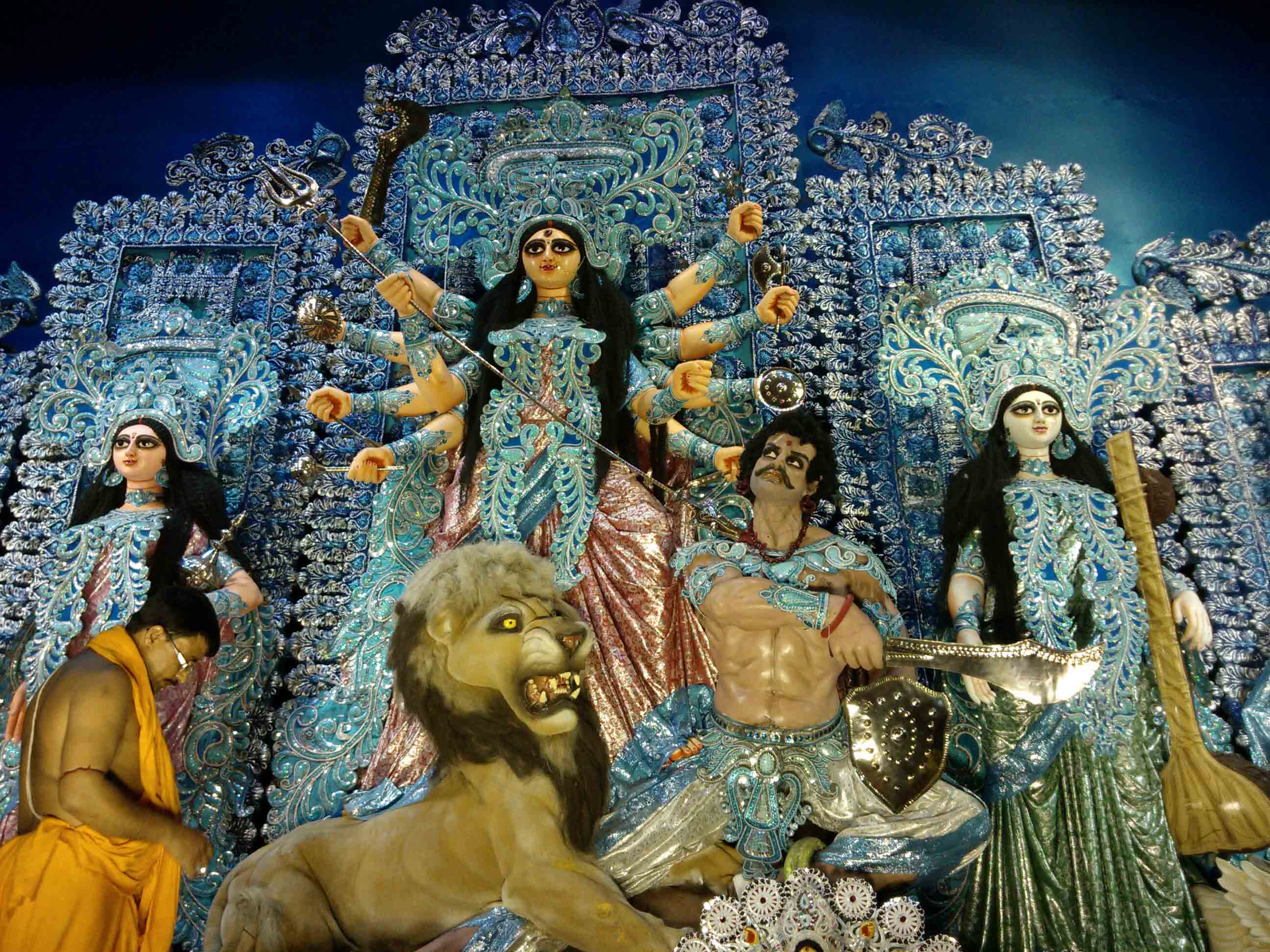 Why Your Life Deserves a Visit to Kolkata During Durga Puja