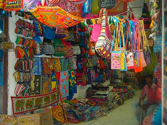 Mementos Crafted For Thee In These Handicraft Markets Of Delhi