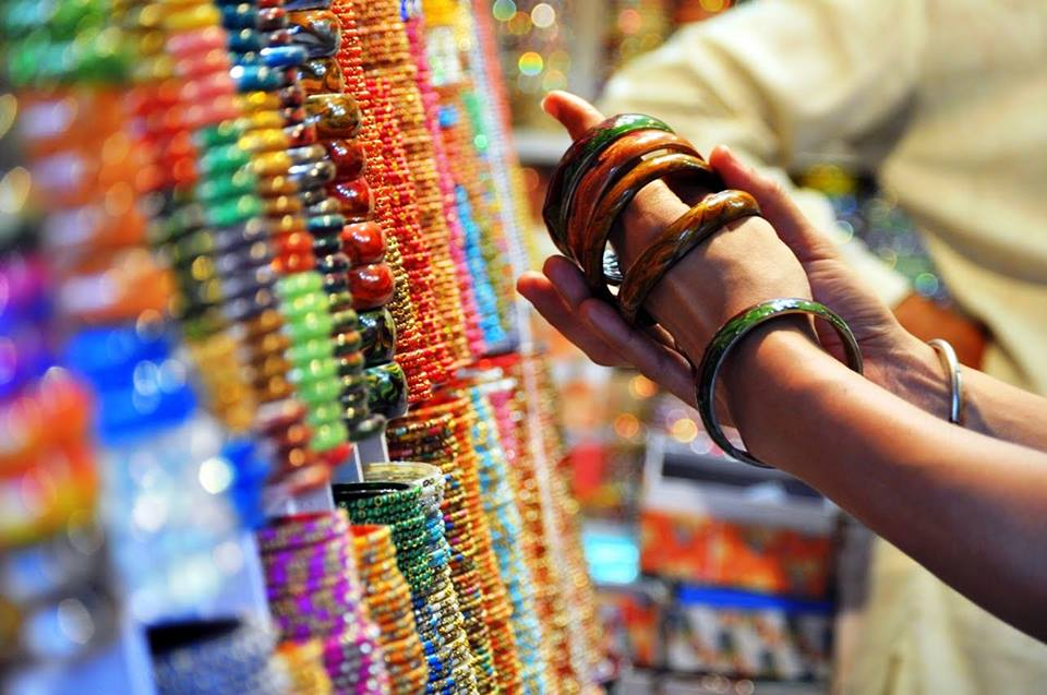 A walk through Jaipur's bangle markets