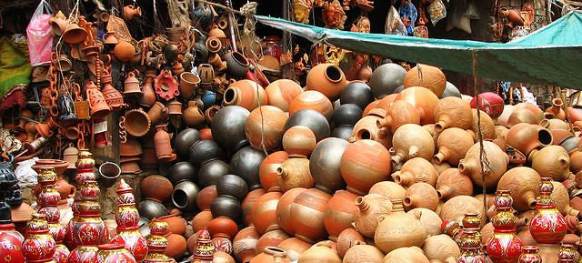 Local art and craft of Jaipur-pottery