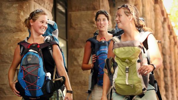 Convenient travelling with backpacks for female travelers in India