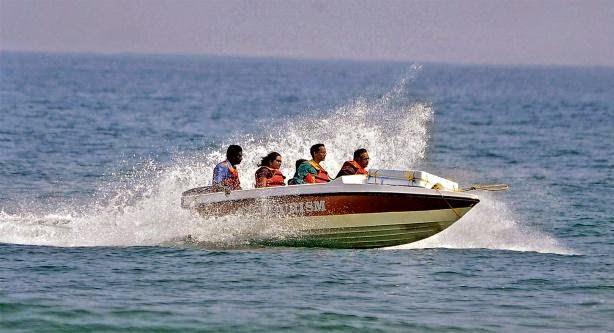 speed boat ride in Andamans