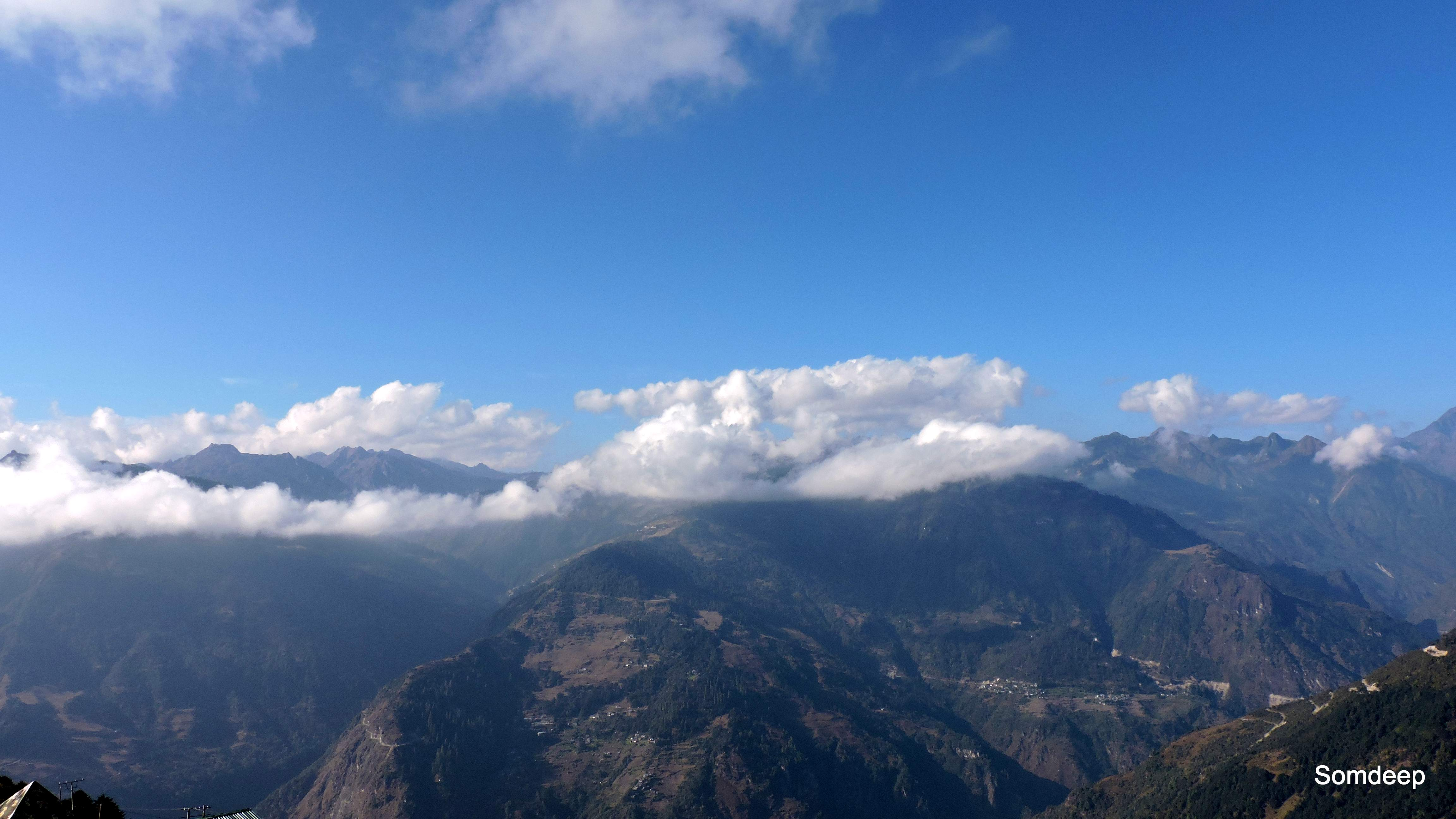 Clouds and mountains, view from Jaswantgarh